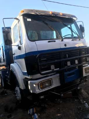 Camion 10 roues image 6