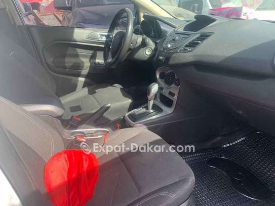 Ford Fiesta 2015 image 6