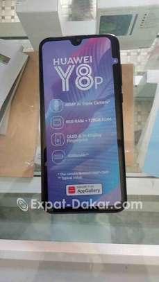 Huawei Y8p image 2
