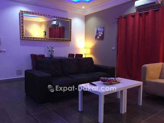 BEAU COMPLEXE  RESIDENTIEL A VENDRE A THIES image 2