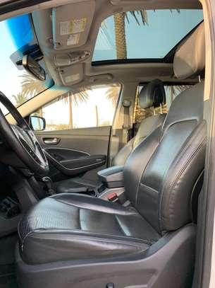 Hyundai Santafe 2014 image 4