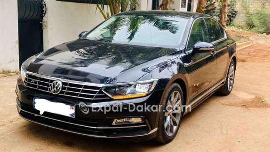 Volkswagen Passat 2015 image 1