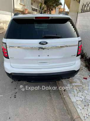 Ford Explorer 2014 image 2