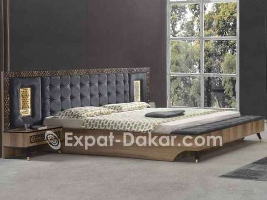 Chambres à coucher importées image 4