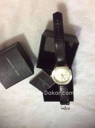 Promo Authentique watches de luxe image 1