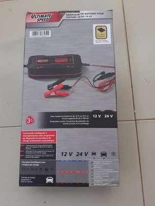 Chargeur de batterie pour voiture 12V/24V image 3