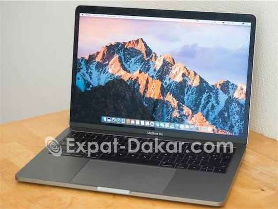 Macbook pro 2017 image 1