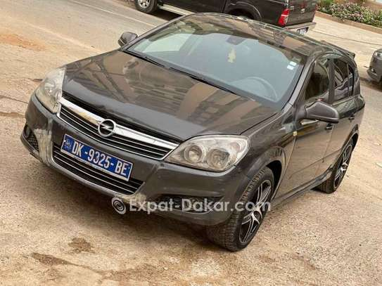 Opel Astra 2009 image 1