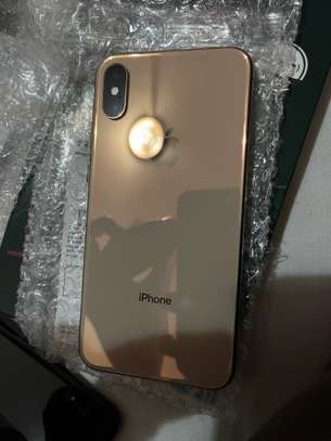 iPhone XS 64Go Gold image 1