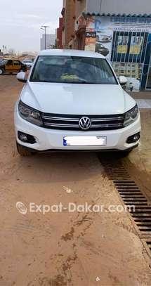 Volkswagen Tiguan 2012 image 2