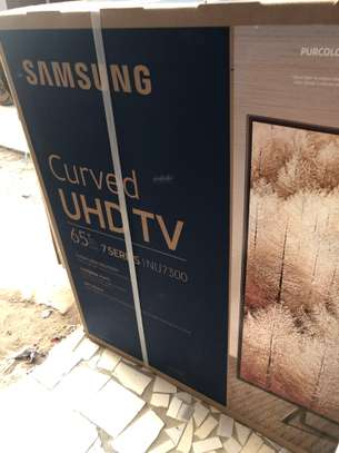 Televiseur Samsung Curved 65inch image 1