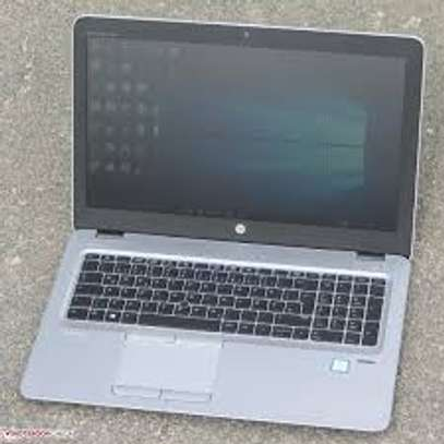 HP 850 G3 corei5 image 5