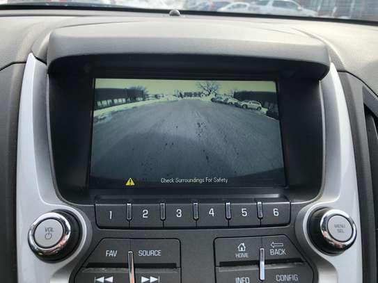 Chevrolet equinox image 4