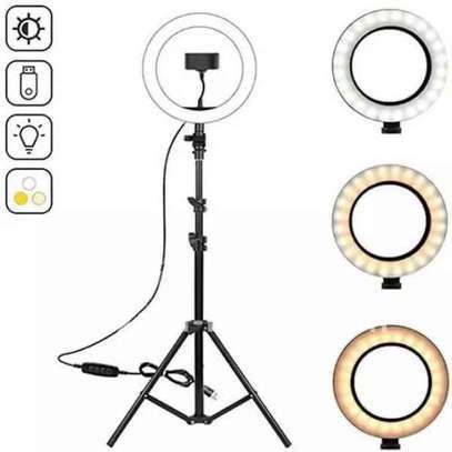 Ring light image 2
