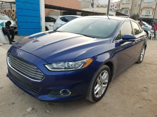 Ford fusion image 2