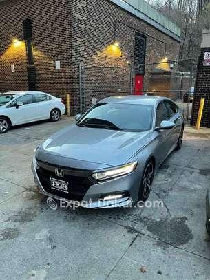 Honda Accord 2019 image 2
