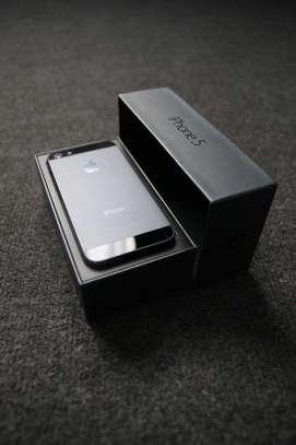 Iphone 5 neuf image 1