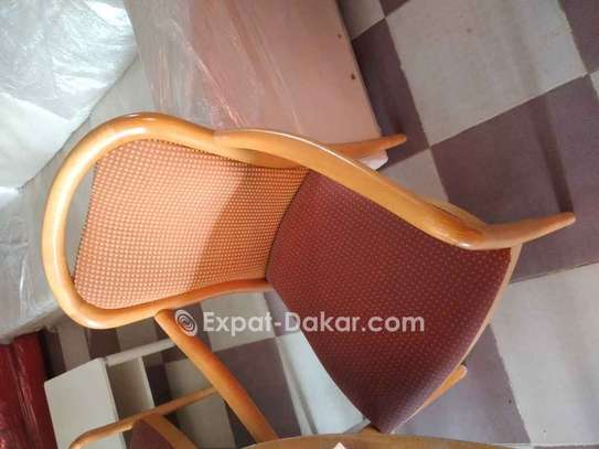 Chaise image 1