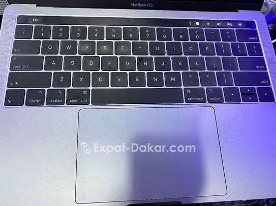 Macbook Pro touch bar 2019 image 3