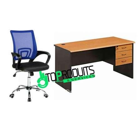 Table bureau 1m40 + chaises image 1