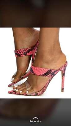 Vente de chaussures femmes image 2