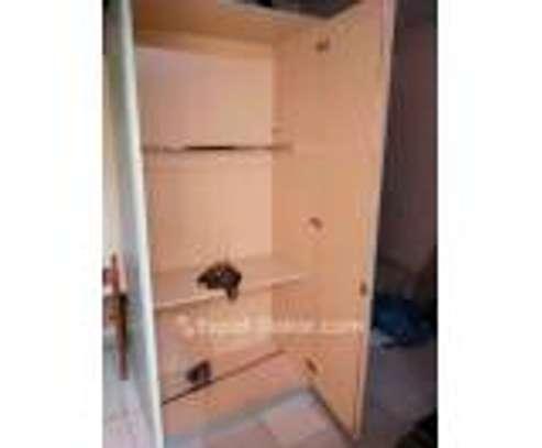 Lit & armoire image 3