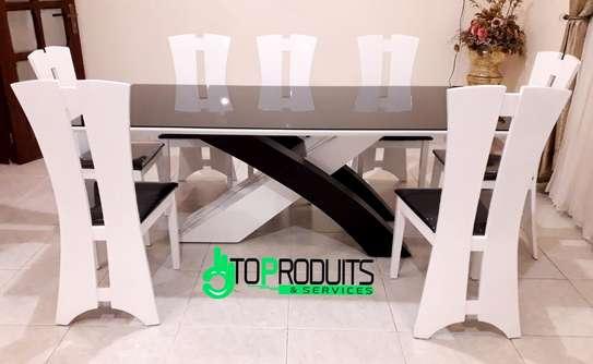 Table à manger + 6 chaises image 1