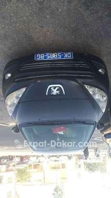 Peugeot 207 2010 image 1