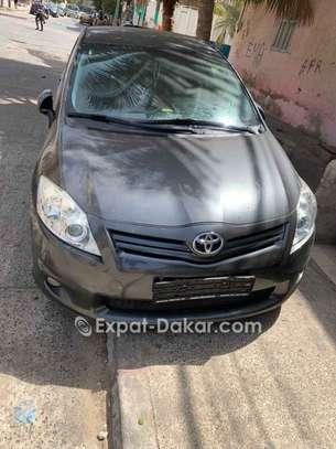 Toyota Auris 2013 image 2