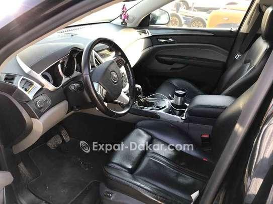 Cadillac  2011 image 4