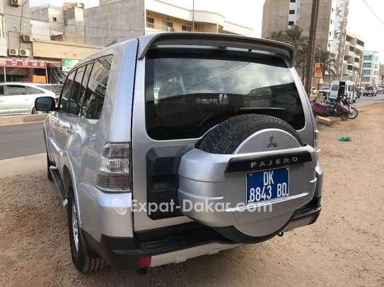 Mitsubishi Pajero 2010 image 4