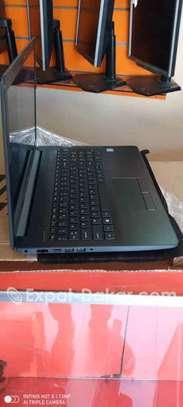"HP core I5 16"" image 3"