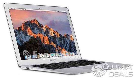 MacBook Air 2015 i7 image 1