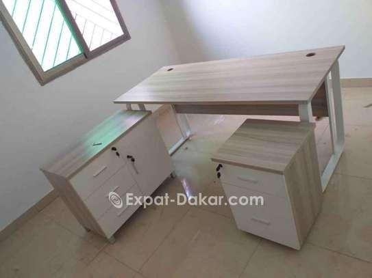 Table de bureau avec retour image 1