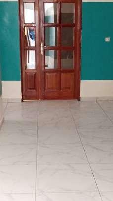 Appartement spacieux et récent à louer à Keur Massar image 4