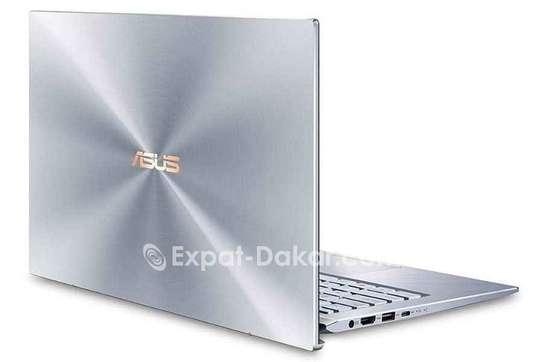 ASUS  Zenbook  i5 image 2