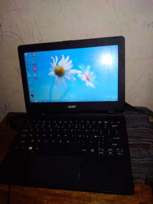 Mini ordinateur portable marque acer image 1