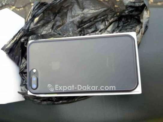 IPhone 7 Plus à Vendre image 6