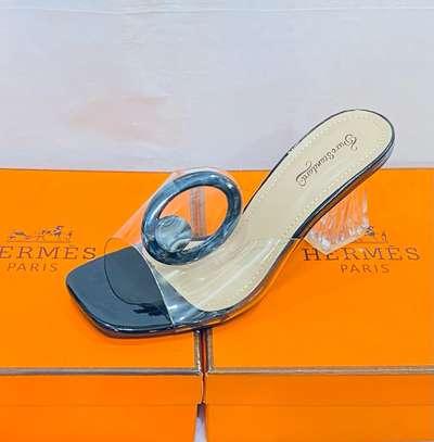 Ventes de chaussures femmes image 3