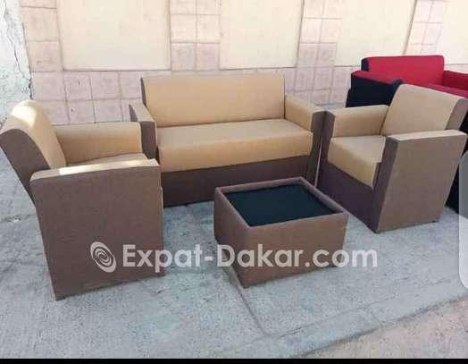 Canapés, fauteuils, salons image 4