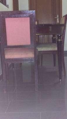 Table à manger à vendre image 1