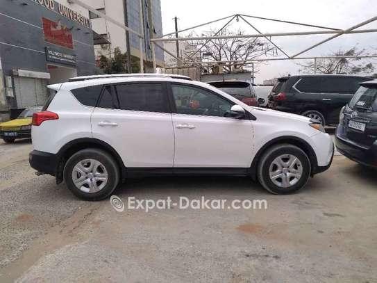 Toyota Rav 4 2015 image 4