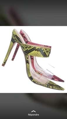 Vente de chaussures femmes image 14