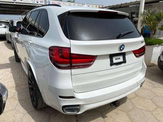 BMW X5 image 2