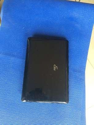 Vente  d'ordinateur portable  Mini Asus image 3