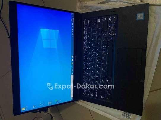 Dell latitude 7390 2-in-1 i7 8th Gen image 3