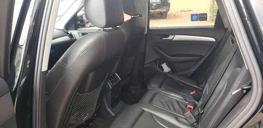 Audi Q5 image 2