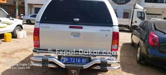 Toyota Hilux 2013 image 2