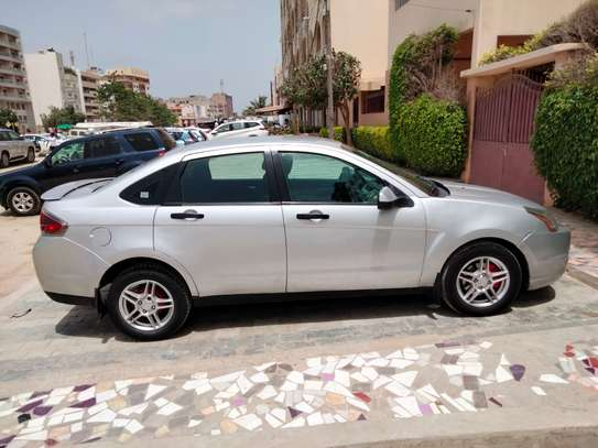Ford Focus 2010 image 1