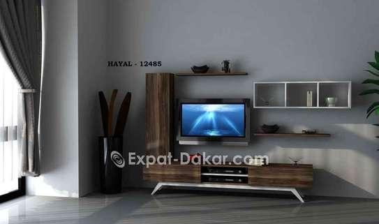 Table TV avec étagère murale image 3